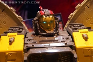 Gallery and Videos of WFC Siege Reveals at 2019 New York Toy Fair with Omega Supreme, Jetfire and More #TFNY #Hasbrotoyfair