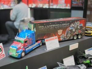 Transformers News: Wonderfest 2017 - Transformers: The Last Knight Jada Diecast Vehicles #TFワンフェス17s