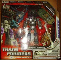 Transformers News: Another Confirmed ROTF Bruticus Maximus (Target) Sighting