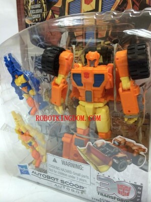 Transformers News: In-package Images: Transformers Generations 2014 Deluxe Wave 2