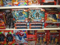 Power Core Combiners Released Early in Australia