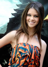 Transformers News: Transformers 4 Updates: Nicola Peltz Officially Added to Cast, Confirmation of 3D