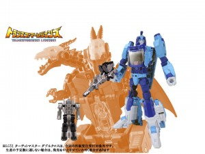Takara Legends Blurr pictured with Targetmaster and Scourge pictured with Sweep Headmaster