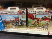 Transformers News: New Beast Hunters Kre-O Sighted at Retail: Beast Blade Optimus Prime and Ripclaw Strike