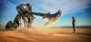 New Picture of Megatron and Captain Lennox from Transformers: The Last Knight