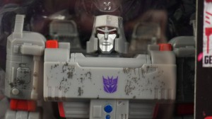 In Hand Images of Transformers WFC Siege Optimus Prime and Megatron