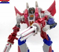Pictorials Reviews: Transformers Generations: Fall of Cybertron Deluxe Starscream, Sideswipe, & Ultra Magnus