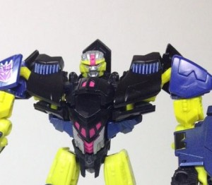 Transformers News: TF Subscription Service Krok and Carzap in-hand images