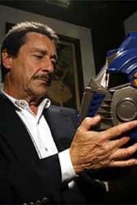 Transformers News: BotCon 2012 Peter Cullen Autograph Guidelines