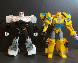 In Hand Images of Wave 1 Cyberverse Deluxe Figures and Canadian Sighting