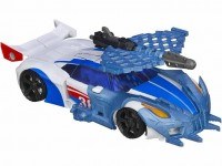 "Transformers News: Official Images: Transformers Prime ""Beast Hunters"" Deluxe Bulkhead and Smokescreen"