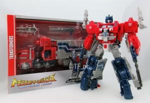 New Image of Takara Tomy Transformers Legends LG-31 Super Ginrai