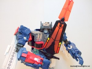 Transformers Titans Return Fortress Maximus Master Sword Hasbro Asia Limited Edition In-Hand Images