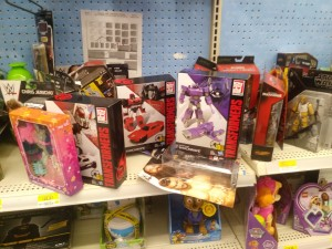 Transformers News: Rundown of Canadian Sightings with Latest Studio Series and Siege Deluxes and Voyagers and More