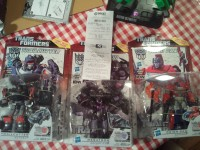 Transformers News: Transformers Deluxe IDW Generations Sighted at Retail