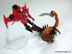 Video Reviews - Transformers Robots in Disguise Scorponok and Windblade