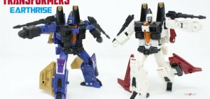 New English Video Review of Amazon Exclusive Transformers Earthrise Elite Seeker Two Pack