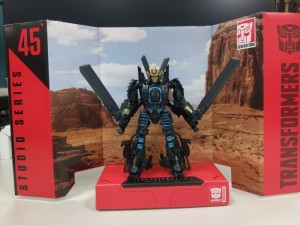 In-Hand Images of Transformers Studio Series SS-45 AOE Helicopter Mode Drift