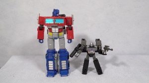 Video Review for Core Megatron and International Sighting for Kingdom Wave 2 Deluxe and Core Class Toys