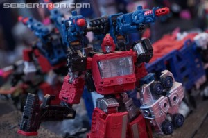 Transformers News: Gallery and Video for Transformers War for Cybertron: Siege Display at #SDCC2018 #HasbroSDCC