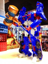 In-Hand Images: Transformers Platinum Edition Ultra Magnus