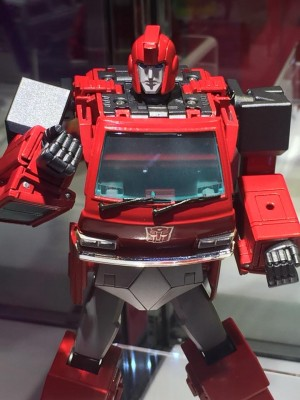 Transformers News: Wonderfest 2015 - Takara Tomy Transformers Masterpiece MP-27 Ironhide