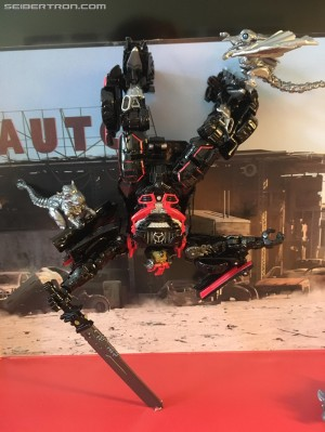 New Images of Transformers Studio Series Drift and Baby Dinobots #NYCC