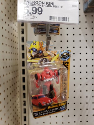 Transformers News: Bumblebee Movie Speed Series Cliffjumper Found at Retail
