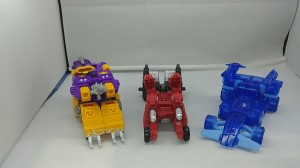 Transformers News: Video Review of Transformers Siege Amazon Exclusive 3 Pack with Comparison to Retail Versions
