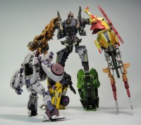 Transformers News: In-Hand Images: Takara Tomy Transformers Generations: Fall of Cybertron Combaticons