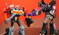 Transformers News: BBTS Exclusive Transformers Prime Dark Energon Voyagers Optimus Prime & Megatron Video Review