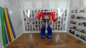 Transformers Cyberverse Ultimate Class Optimus Prime Review