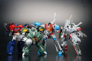 Transformers News: New Images of Takara Tomy Transformers Cloud TFC-A02 Brawn and TFC-D02 Starscream