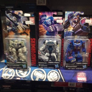 Transformers Power of the Primes Wave 1 Deluxe and Voyagers, Wave 1 Studio Series Leaders Sighted In Mexico
