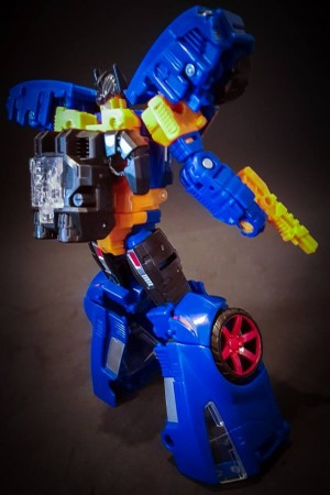 More In hand photos of Prime Wars Exclusive Punch / Counterpunch