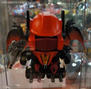 Toy Fair 2014 Coverage - Loyal Subjects Optimus Prime DIY 8 inch Art Gallery at Toy Tokyo in NYC