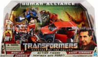Transformers News: Official Images of Human Alliance Barricade with Frenzy - Mudflap with Agent Simmons and Chromia
