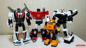 Transformers News: More In-hand images of Takara Tomy Masterpiece MP-21 Bumblebee