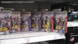 Transformers News: Kre-O Custom Kreons and Construct-Bots Scouts Bumblebee and Thundercracker Found at Retail