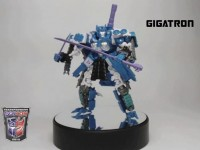 Transformers News: BotCon 2012 Gigatron (Overlord) Revealed!