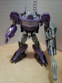 Transformers News: In-Hand Images of Transformers Prime Beast Hunters Cyberverse Commander Shockwave