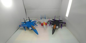 Video Review Round Up Of Transformers Earthrise Target Exclusive Thundercracker and Skywarp