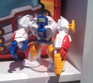 Transformers News: Toy Fair US 2015 Coverage - Transformers: Rescue Bots: Salvage, Blurr, High Tide and More