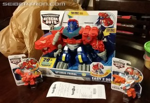 Transformers Rescue Bots Roar and Rescue Optimus Primal, Heatwave and Blades Sighted in Retail