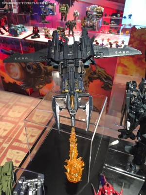 Toy Fair 2017 - Transformers: The Last Knight Leader Class Megatron Jet Mode Flamethrower Feature Shown #TFNY #HasbroToyFair