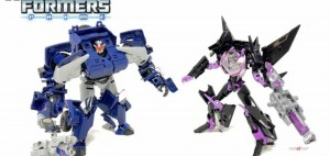 Video Review of Transformers Prime 10th Anniversary Jet Vehicon and Breakdown