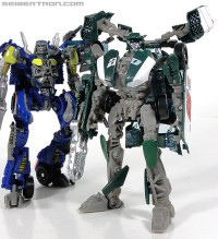 Transformers News: New Exclusive Galleries: DOTM deluxe class Roadbuster and Topspin
