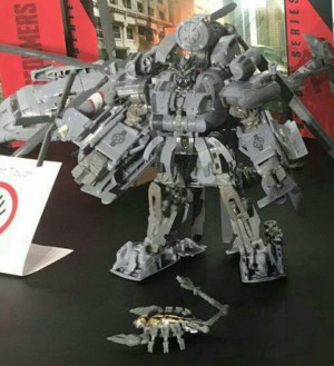 More Images of Transformers Studio Series Leader Blackout and Voyagers Brawl and Megatron
