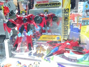Transformers Cyberverse Warrior Megatron,  Acid Storm, Windblade , Ultra Shockwave and More #HasbroSDCC