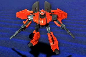 Transformers News: In-Hand Images of Transformers Generations Thrilling 30 Deluxe Jhiaxus